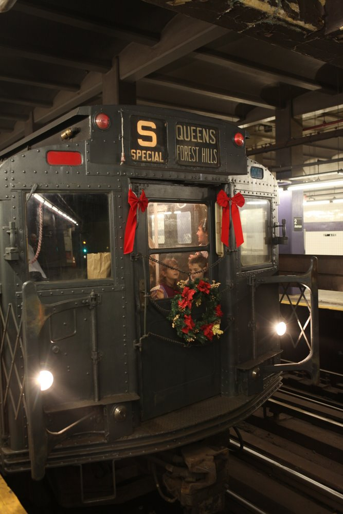 Modern Train Cars Mostly Do Away With The Front Windows Cutting Off Whole For A Spacious Machinists Cab
